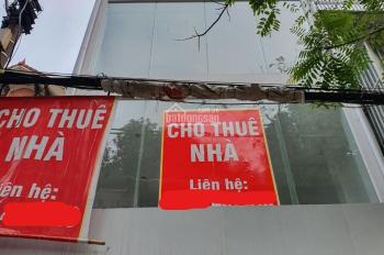 Cho thuê gấp nhà mặt đường Láng, Đống Đa, Hà Nội. DT 80m2 * 4 tầng, 1 tum, MT 5m, giá 63 tr/th