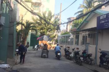 Bán nhà HXH Huỳnh Văn Bánh, DT 4.6x20m nở hậu 5,5m chính chủ nhà nát