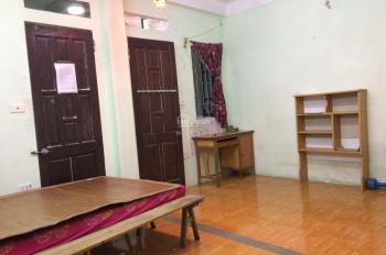 Cho thuê chung cư mini tại Triều Khúc DT 20M khép kín có nóng lạnh, giường gần hồ Triều Khúc