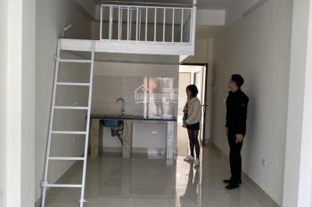 Cho thuê tòa nhà làm căn hộ dịch vụ. 13 phòng khép kín, 30-50m2/ phòng. khu vực quận ba đình
