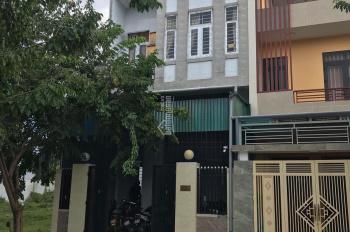 Bán gấp căn cư xá có 10 phòng trọ cao cấp và 1 căn hộ