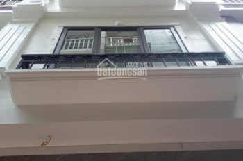 Bán nhà-35m2-5tầng-Tân Cổ điển mặt đường thông oto vào nhà-vị trí kinh doanh- giá 3.1tỷ 0968669135