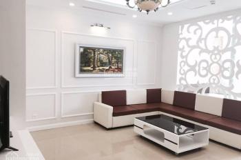 Chính chủ bán căn hộ Royal City, tầng 15, 133m2, 3PN, đủ đồ, giá 4.8 tỷ, có sổ đỏ. LH: O936-236-282