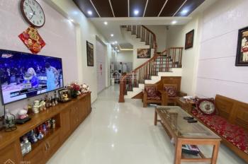 Bán nhà dân xây để ở ngõ Đằng Hải, Lê Hồng Phong, Hải An, ô tô vào nhà, DT 52m2 x 3T. Giá 1.99 tỷ