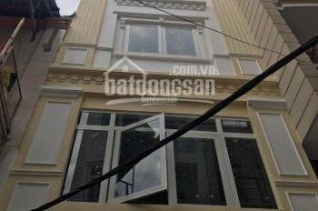 Cho thuê nhà nguyên căn 5 lầu đường Thành Thái, quận 10, DT: 4.2x20m. Giá chỉ: 40 triệu/tháng