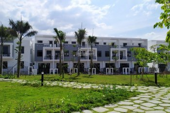 Biệt thự Viva Park ven sông, trong khu du lịch Thác Giang Điền, giá chỉ 2,7 tỷ (VAT - 100%), 240m2
