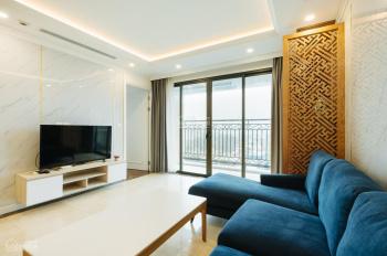 Cho thuê căn hộ 3PN cao cấp với phong cách nội thất tối giản nhưng sang trọng ở Xuân Diệu, Tây Hồ