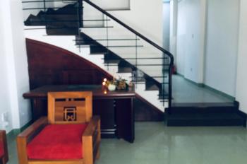 Cho thuê nhà nguyên căn 3 lầu Thảo Điền, quận 2 LH 0902953371