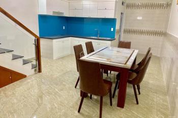 Bán căn ngay tòa nhà Huy Hưng và UBND Bình Tân, 4,5x14.5m, giá 5 tỷ 975 triệu