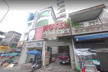 Cho thuê nhà ngay góc ngã tư MT đường Đinh Tiên Hoàng quận 1 ,5x16m trệt 3 lầu giá 80 triệu