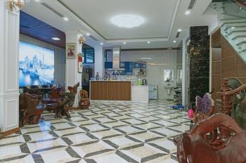 Kinh doanh đỉnh trung tâm phố Bạch Mai Hai Bà Trưng 136m2 x 9 tầng giá 34 tỷ o986136686