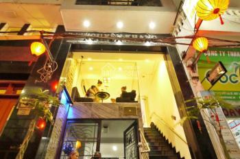 Cần cho thuê khách sạn, vị trí cực đẹp tại quận 1