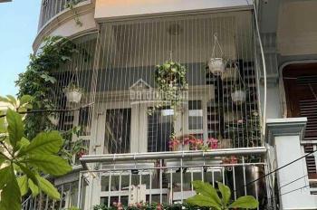 Bán nhà mặt phố Hoàng Hoa Thám KD tặng full nội thất