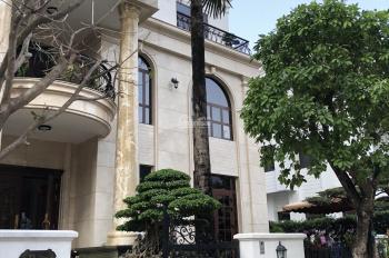 Bán Biệt Thự phố Dịch Vọng-Cầu giấy KD ô tô sầm uất 265m2, MT 16m giá 50 tỷ, sổ đẹp như Ngọc trinh.
