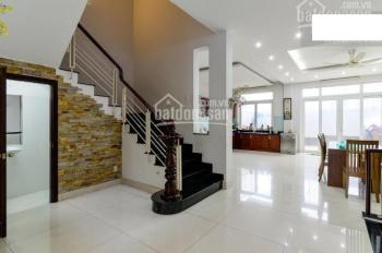 Cho thuê biệt thự 5 tầng ở Tô Ngọc Vân Quảng An quận Tây Hồ hà nội
