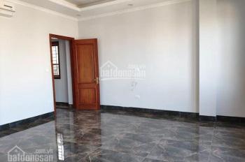 Bán nhà mặt phố Nguyễn Văn Cừ, 65m2, mặt tiền rộng 4,3 m, giá chỉ 16 tỷ - Gia Lâm