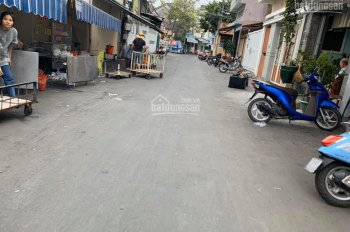 Bán căn nhà đường Núi Một, Phước Tiến, ngay ngã sáu trung tâm thành phố. LH 0977681668