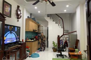 Chỉ 2.1 tỷ có ngay nhà đẹp ưng ý 4 tầng mới tinh Phan Đình Giót HĐ rẻ nhất khu vực. Lh 0374835555.