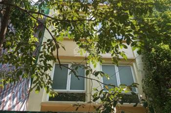 Cho thuê biệt thự liền kề KĐT mặt phố Trung Văn. DT: 96m2 x 4T, 35 tr/tháng