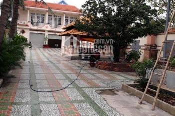 Cần bán 1243,7 m2 nhà đất thổ cư 100% mặt tiền 976 Huỳnh Tấn Phát, quận 7, TP. HCM