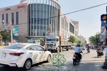 Cho Thuê Cặp Nhà vị trí đẹp Góc 2 mặt tiền đường Phan Trung, ngay gần TTTM Vincom