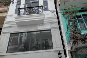 Cho thuê CHDV hẻm Nguyễn Trãi, phường Bến Thành 3 lầu, 7 phòng full nội thất. Giá 35 tr/th