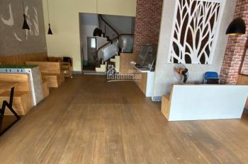 Cho thuê nhà mặt phố Vạn Phúc 85m2 x 5.5 Tầng , MT 7m , thông sàn , giá 50 triệu ưu tiên VP , NH
