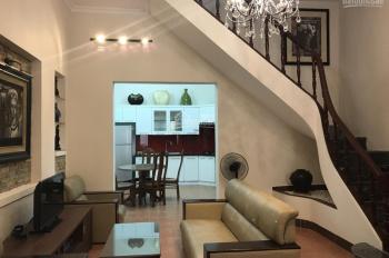 Cho thuê nhà riêng ngõ 376 đường Bưởi, 50m2 x 3 tầng, full đồ, ô tô đỗ cửa, giá 14 triệu/tháng