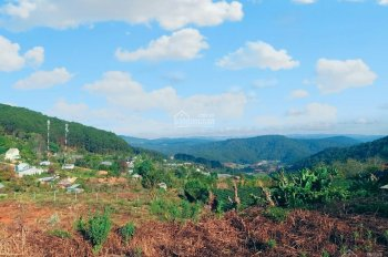 Bán 4750m2 đất NN, có 300m2 đóng thuế đất ở, view thung lũng cực đẹp, đường ô tô, chân đèo Prend