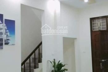 Cần bán nhà Võ Chí Công 52m2, 5 tầng, MT 8m, 3.95 tỷ