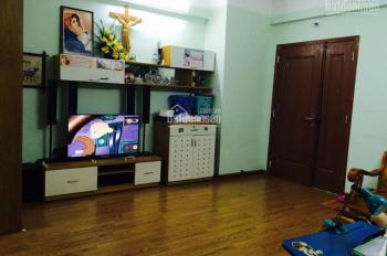 Bán căn hộ tầng trung 2 phòng ngủ, 68m2, tại CT5 Xa La, Hà Đông, giá chỉ 990 triệu, LH: 0848192299