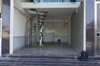 Chính chủ cho thuê mặt bằng kinh doanh nhà ngõ 139 Phú Diễn(cạnh đại học Tài Nguyên Môi Trường)