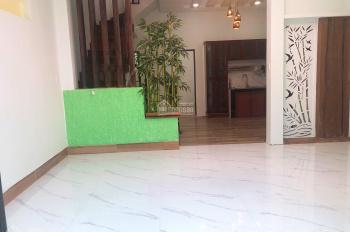 Bán nhà 2 tầng 2 mê kiệt ô tô Ông Ích Đường, Cẩm Lệ, giá rẻ - 0935518995