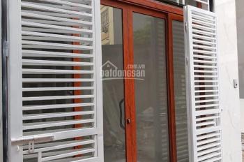 Bán nhà 4 tầng, Dt: 32m, mặt tiền 4m, Gia Quất, Long Biên. Giá rẻ nhất thị trường.