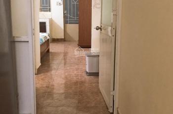 Cho thuê phòng Phạm Văn Hai ngay Cách Mạng Tháng 8, Tân Bình, phòng 28m2, full nội tất, tầng trệt