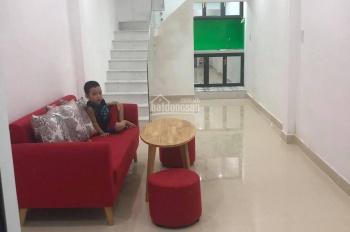 Bán nhà 2 tầng kiệt 105 Nguyễn Hoàng ngay TTTP không thiếu thứ gì