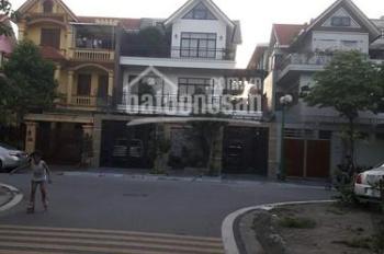 Cho thuê căn liền kề & biệt thự Linh Đàm, 100m2 và 200m2, giá 25tr/tháng, đã hoàn thiện đẹp