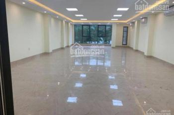 Cho thuê nhà Lò Đúc, DT 100m2, 4 tầng, mặt tiền 6m rộng, liên hệ số 0943.06.1234