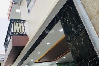 Bán nhà mới xây 1 trệt 1 lầu TTTP giá 1,9 tỷ