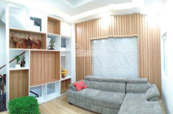 Bán nhà mới đường 1 trệt, tum, 2 lầu Vũ Tùng Cạnh chợ Bình Chiểu nhà cao cấp cực đẹp
