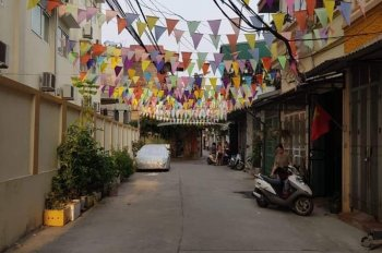 Chính chủ cần bán gấp lô đất tại Vũ Xuân Thiều, Sài Đồng đường nhựa ô tô tránh nhau giá 1,8 tỷ