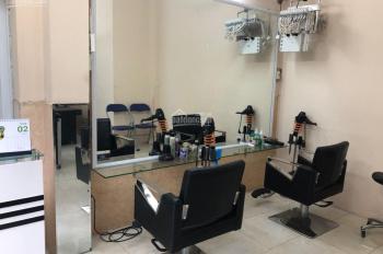Sang nhượng cửa hàng làm tóc ở Huỳnh Thúc Kháng, DT 35m2, MT 7m, 7tr/th