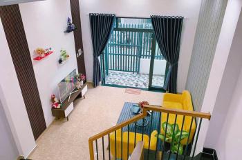 Bán kiệt nhà full nội thất 3 tầng Trần Cao Vân cách đường chính vài cái nhà, giá 3,78 tỷ