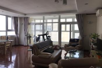 Chính chủ bán gấp căn chung cư 150m2, 3 phòng ngủ tòa Vinaconex 1 về ở luôn. Giá chỉ 23tr/m2