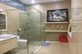 Cho thuê nhà Đỗ Pháp Thuận, quận 2, dt 820m2, gara 1 trệt 2 lầu 4 phòng giá 45tr/th. LH 0938087801