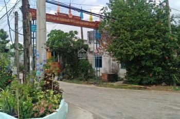 Cần tiền bán gấp 150m2 đất tại Chơn Thành, gần QL13 và bên KCN Becamex sổ hồng riêng. LH 0379493789