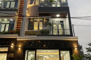 Chính chủ bán nhà phố hiện đại khu Omely, Q7, 3 lầu, nội thất cao cấp, giá 7.311 tỷ, hoa hồng 2%