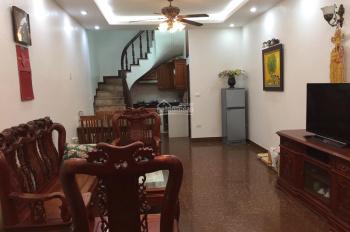 Cho thuê nhà trong ngõ chợ Khâm Thiên, 50m2x03 tầng, full đồ, vào ở ngay, giá 9 triệu/th