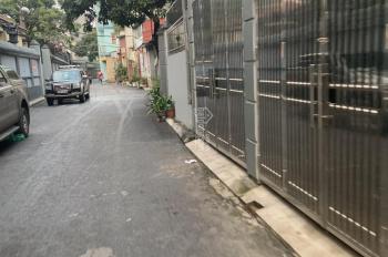 Bán đất chính chủ vuông vắn 33m2 tại tổ 5 Phúc Đồng, Long Biên