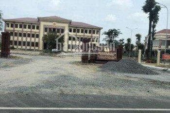 Cần bán lô đất gần chợ, sát bên công an huyện Bắc Tân Uyên, Sổ riêng diện tích 120m2 giá 650 triệu